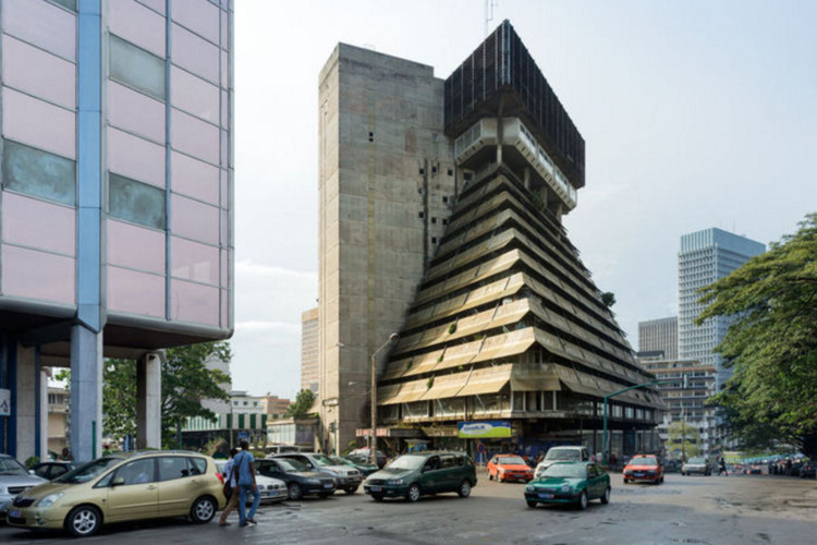Exhibition at Chicago's Graham Foundation to Examine African Modernism,  Rinaldo Olivieri, La Pyramide, 1973, Abidjan (Côte d'Ivoire). Image © Iwan Baan