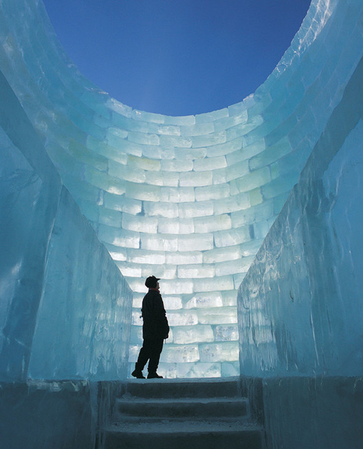 Frozen Architecture: From Glistening Snow Shows to Multi-Colored Ice Festivals, Oblong Voidspace - Jene Highstein & Steven Holl. The Snow Show, Lapland, 2003 and 2004. Image Courtesy of Fung Collaboratives, Photo Credit: Kostamoinen