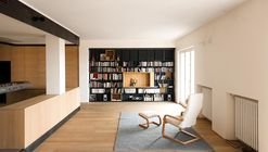 Wood and Iron Apartment / Luca Compri (LCArchitetti)