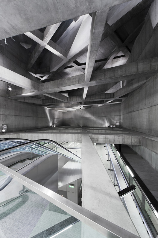 Twin Stations by sporaarchitects, winner of the 2015 Public Architecture award. Image © Tamás Bujnovszky