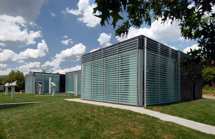 Galileo's Pavilion (Johnson County Community College Center for Sustainability), 2012. Image Courtesy of Studio 804