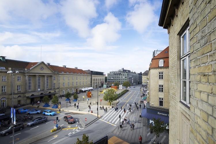 The Plaza / Schønherr. Image © Martin Schubert
