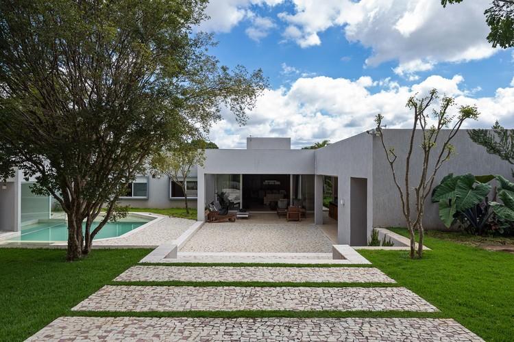 Casa MC15 / Rodrigo Biavati, © Haruo Mikami