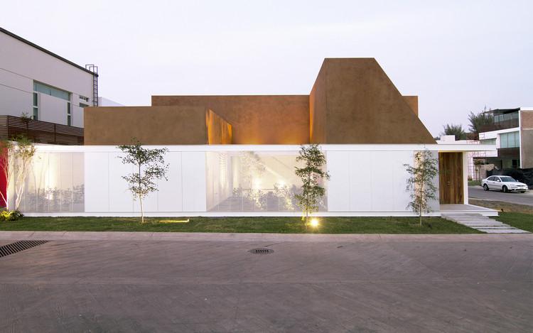 Casa Arenas  / Estudio Macías Peredo, © Guillermo Flores
