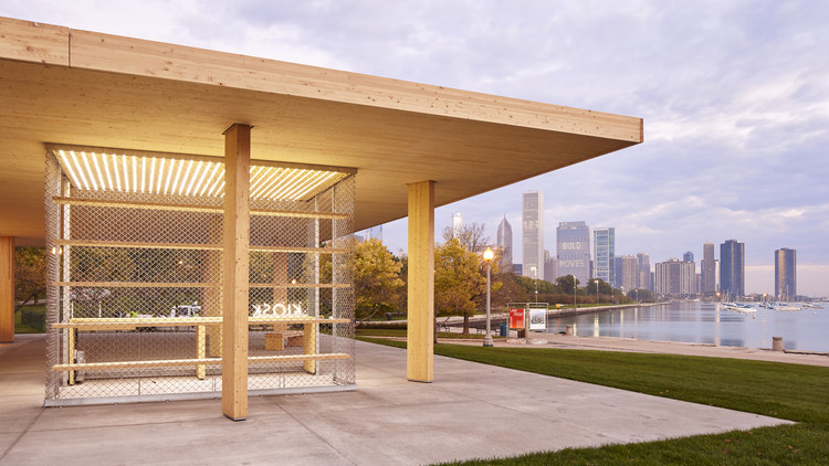 Wood in Government Buildings: Chicago Horizon; Chicago, IL / Ultramoderne. Image © Tom Harris, Hedrich Blessing