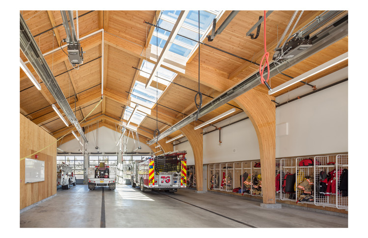 Institutional Wood Design: Fire Station 76; Gresham, OR / Hennebery Eddy Architects. Image © Josh Partee Photography