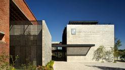 Centro de Recursos para Ensino e Pequisa (CRAI) / 3Arquitectura