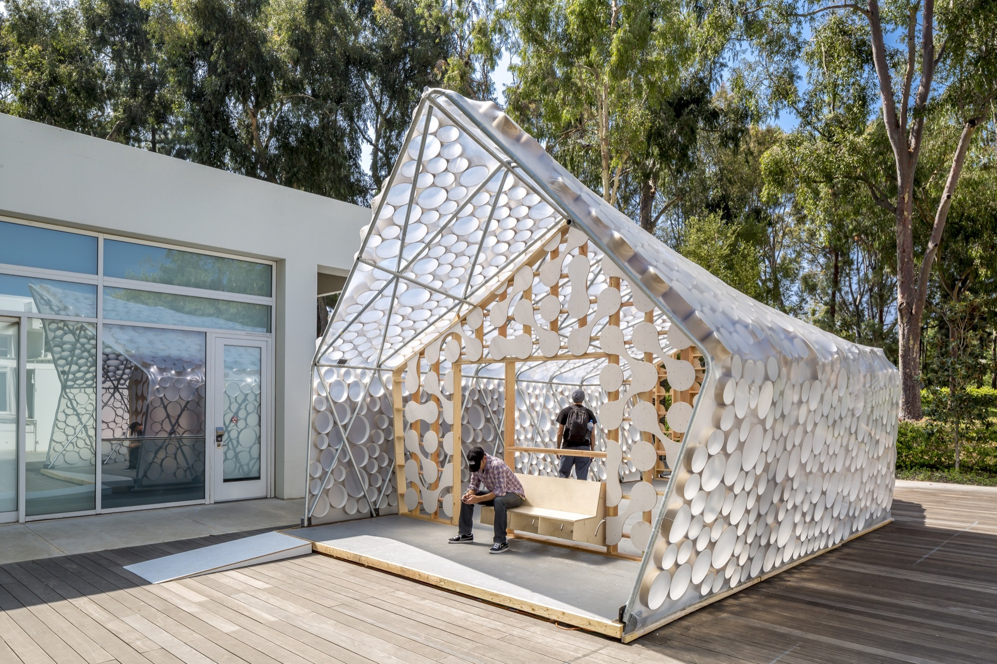 Tiny House Architecture: Backyard BI(h)OME / Kevin Daly Architects