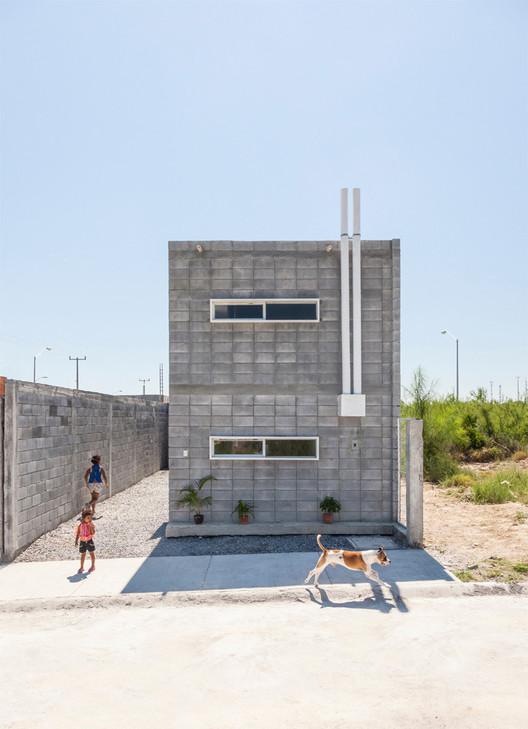 Box House / S-AR stación-ARquitectura + Comunidad Vivex. Image © Alejandro Cartagena