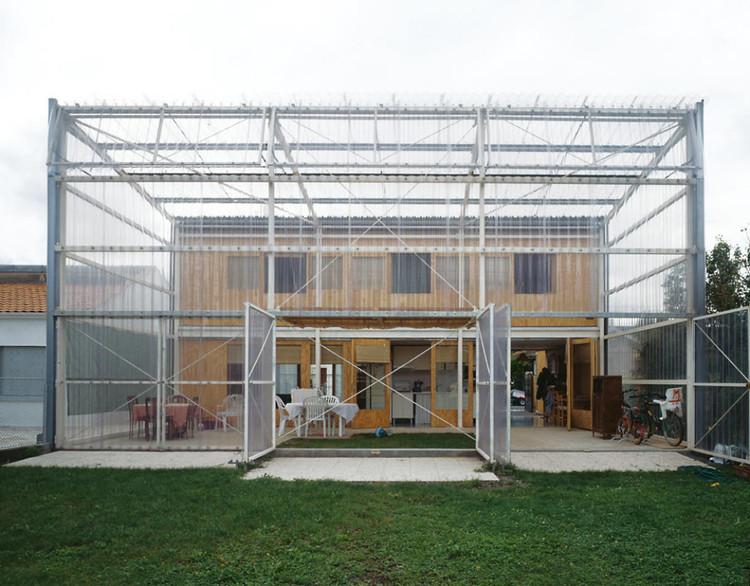 Maison Latapie / Lacaton & Vassal (1993). Image © Philippe Ruault / Metropolis