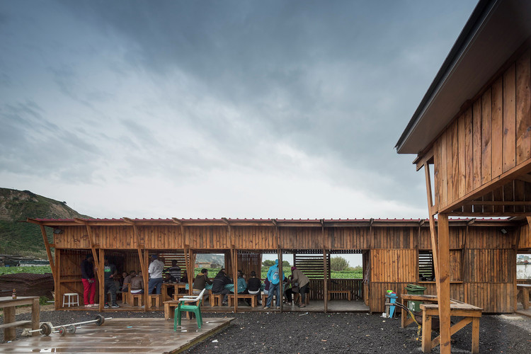 Winner in the Public Architecture Category. Community Kitchen of Terras da Costa / ateliermob + Colectivo Warehouse. Image © Fernando Guerra | FG+SG