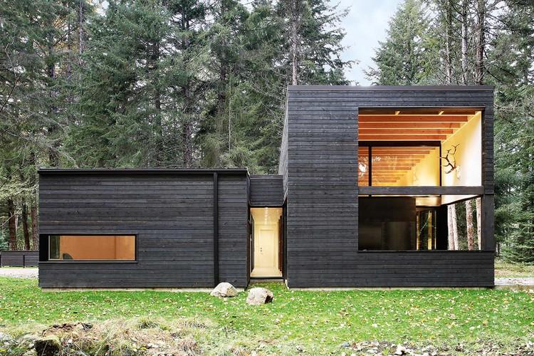 Casa Patio en el Río / Robert Hutchison Architect, © Mark Woods