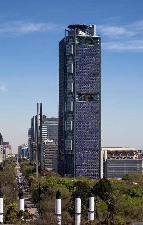 BBVA Bancomer Tower / LEGORRETA + LEGORRETA + Rogers Stirk Harbour + Partners, © Lourdes Legorreta