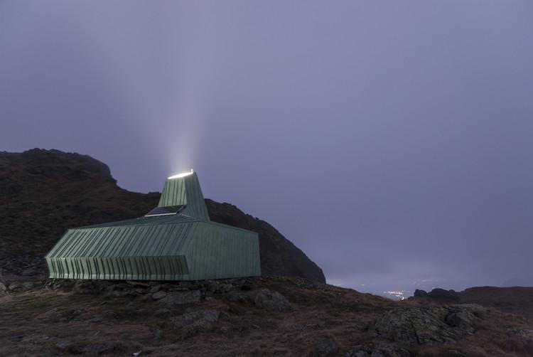 Refugio Caltun / Archaeus, © Purice Dan
