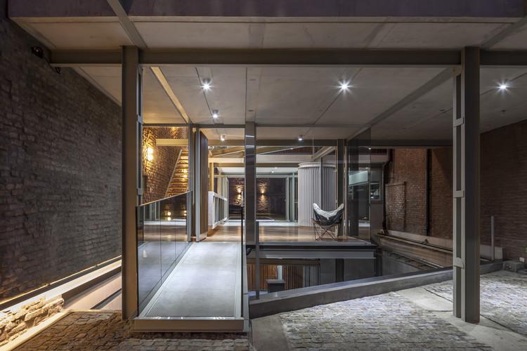 Mercedes House / Frazzi Arquitectos, © Federico Kulekdjian