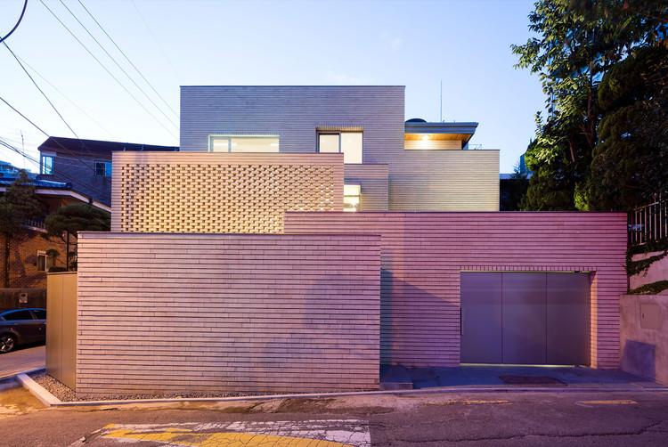 Renovación Seogyodong / Min Soh + Gusang Architectural Group + Kyoungtae Kim, © Nam Goong Sun