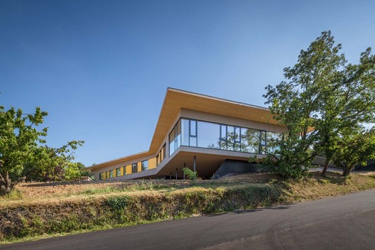 Non-residential Day Camp Centre in Givors / Tectoniques Architect