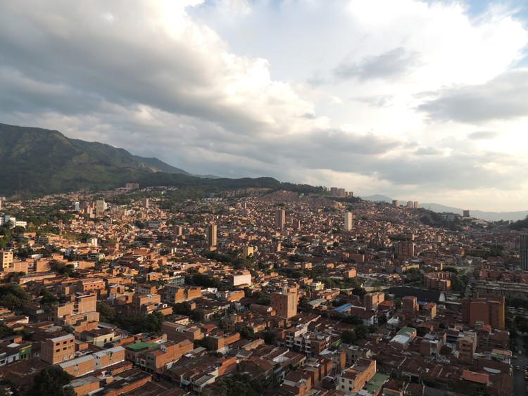 Medellín, Colombia. Image © Iván Erre Jota bajo licencia CC BY 2.0