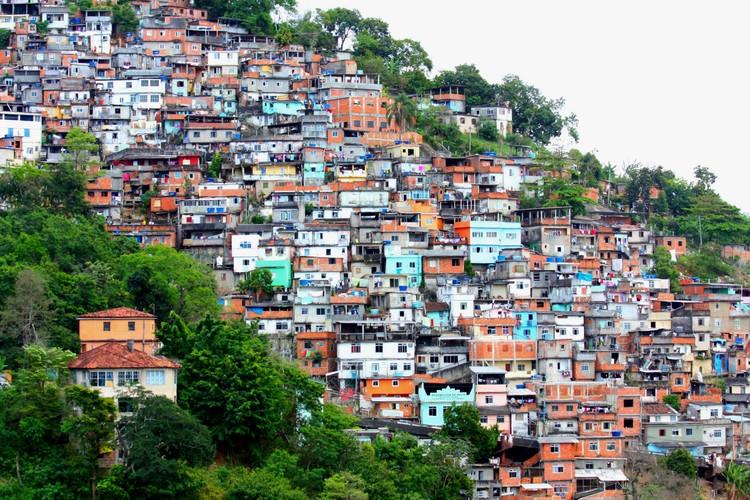 Favela Morro Do Prazères en Río de Janeiro. Image © PROdany13 bajo licencia CC BY 2.0
