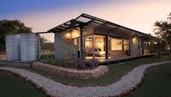 House Mouton / Earthworld Architects