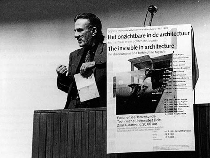 "Giancarlo De Carlo during the opening of the Stylos lecture series ""The Invisible in Architecture"", Delft, 1987.. ImageSpread from MONU Magazine #23: ""Participatory Urbanism"""