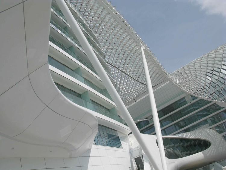 Yas Viceroy Hotel Abu Dhabi, UAE, 2010. Image Courtesy of Asymptote Architecture