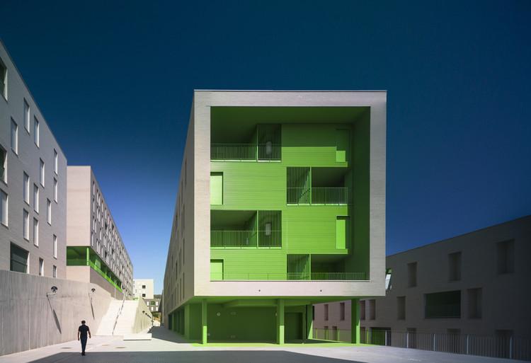 317 Social Housing Units / SV60, © Jesús Granada