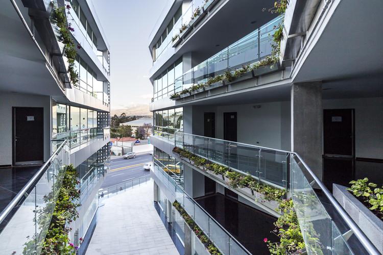 Edificio Halcón / TEC - Taller EC, © Sebastián Crespo