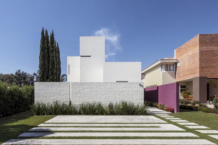 Casa Olguín / Abraham Cota Paredes Arquitectos, © César Béjar