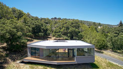 Box on the Rock / Schwartz and Architecture