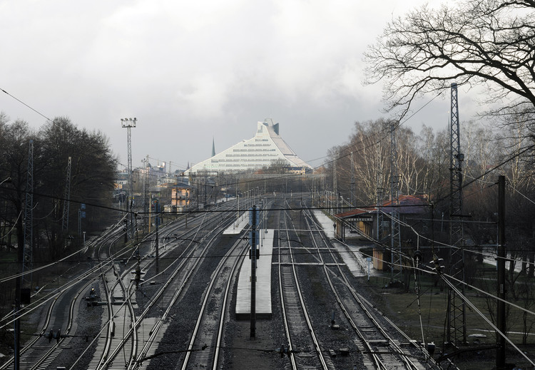 Future track of Rail Baltic – Riga, 2015. Image © David Grandorge