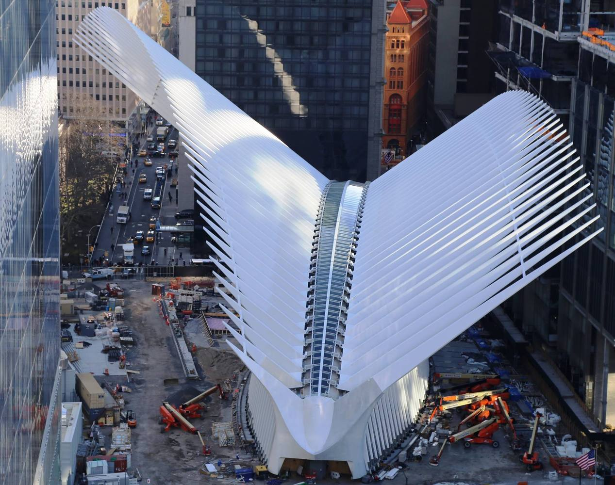 "Santiago Calatrava""s WTC Transportation Hub to Open Next Week,via WTC Progress"