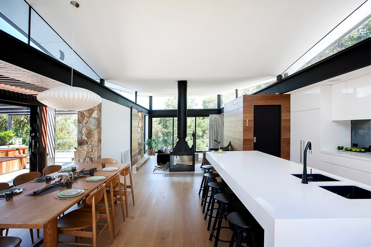 Warrandyte House / Alexandra Buchanan Architecture, © Marvelle Photography