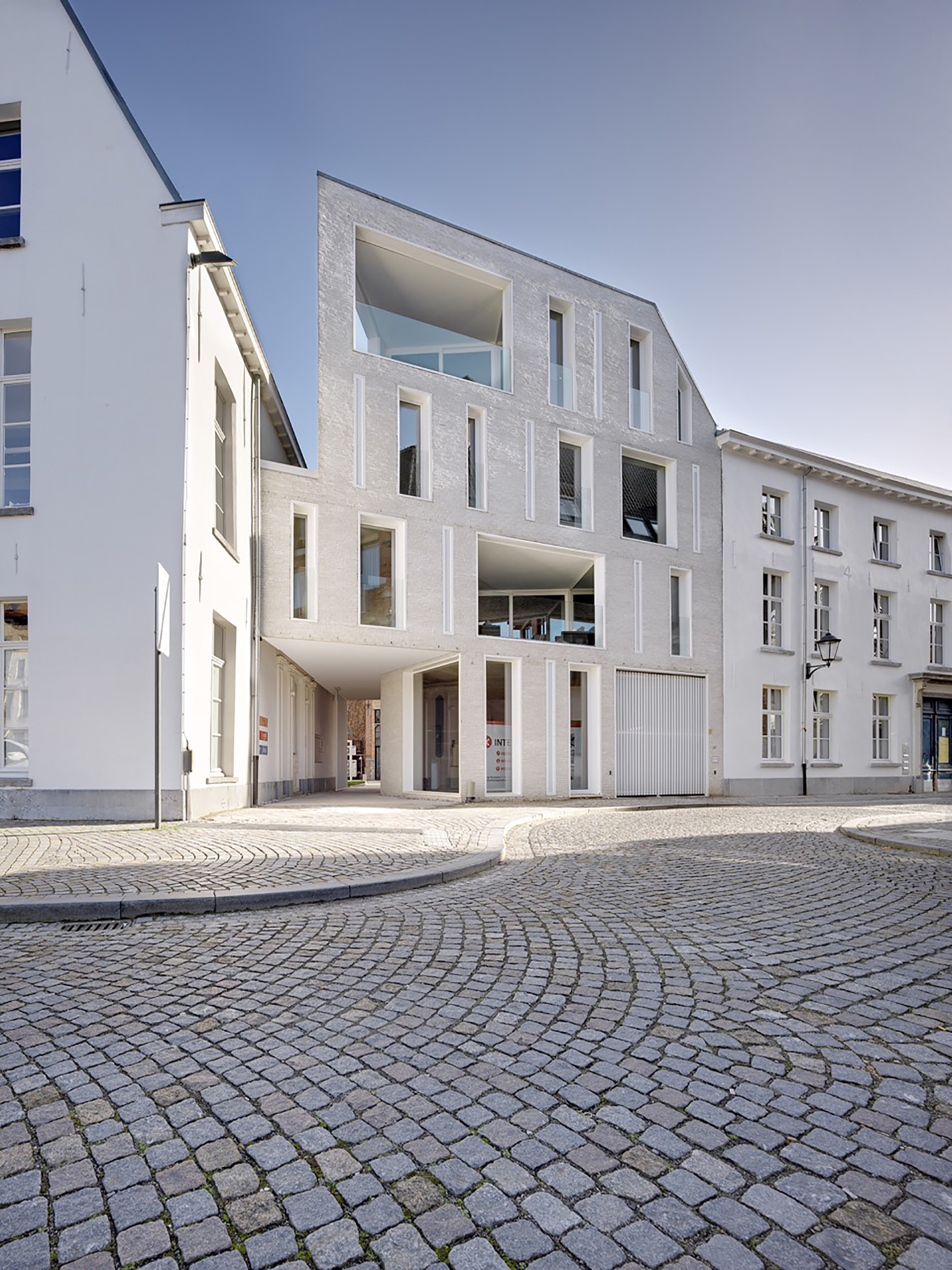 Lorette convent apartments drbstr dmva archdaily for Architecture 00