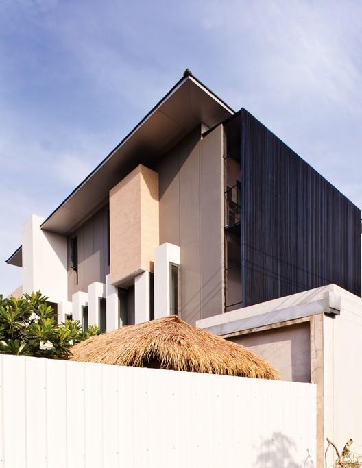 Sammakorn House / Archimontage Design Fields Sophisticated, © Casaviva Thailand