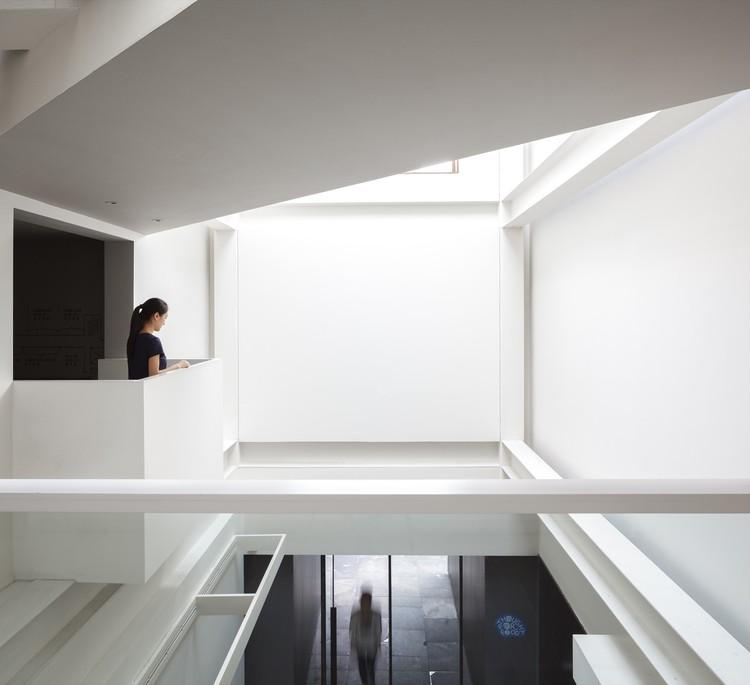 Octave Living Room / Tsao & McKown Architects , © Seth Powers