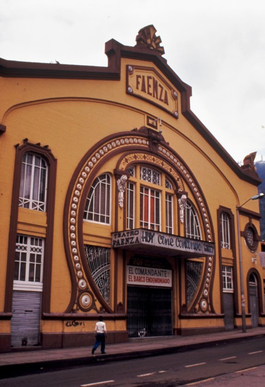 Teatro Faenza. Image vía Herencia Mía
