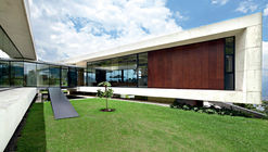 Air & Glass House / López Montoya Arquitectos