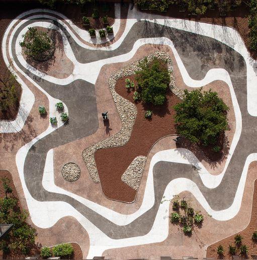 Roberto Burle Marx: Brazilian Modernist, Roberto Burle Marx, Mineral roof garden, Banco Safra headquarters, São Paulo, 1983. Photograph © Leonardo Finotti