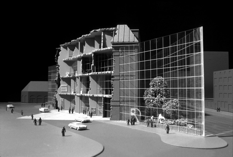 Competition entry for Frankfurt Museum of Modern Art (1983). Image © SITE