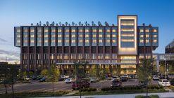 Centro de Articulaciones y Columna del Hospital de Cristo / SOM