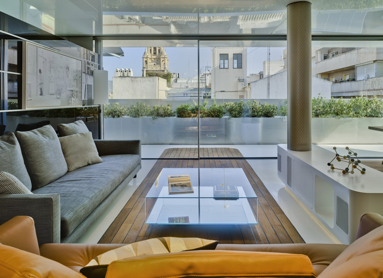 Ventanales de corredera Cortizo: máxima luminosidad con diseño minimalista , Cortesía de Cortizo