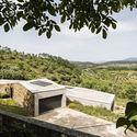 Casa en Gateira / Camarim Arquitectos