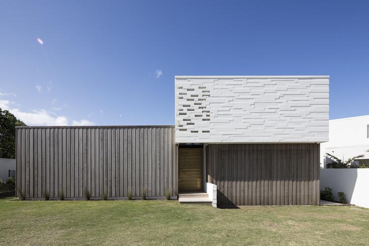 Tuatua House / Julian Guthrie, © Patrick Reynolds