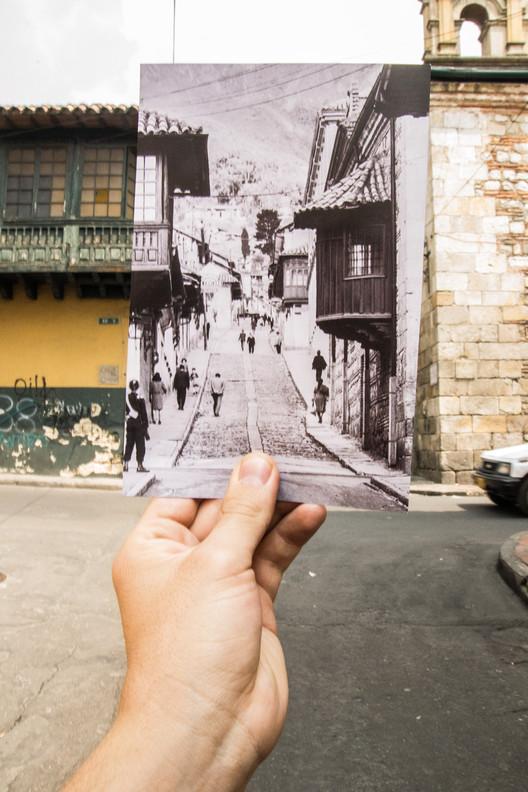 Calle del Carmen. Image Cortesía de Simón Fique
