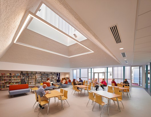 Harraby Community Campus  / ATKINS