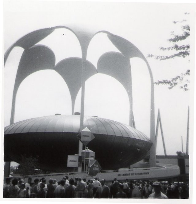 The Johnson Wax Pavilion at the 1964 World's Fair. Image © Wikimedia user Doug Coldwell licensed under CC BY-SA 3.0