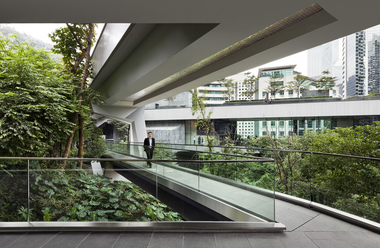 Centro Hong Kong de la Sociedad de Asia  / Tod Williams Billie Tsien Architects, © Michael Moran