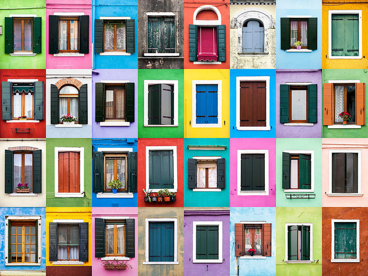 Windows of Burano. Image © Andre Vicente Goncalves