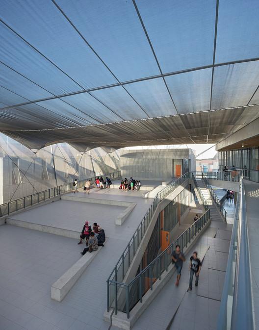 Edificio Departamento de Física / Marsino Arquitectura. Image © Felipe Díaz Contardo
